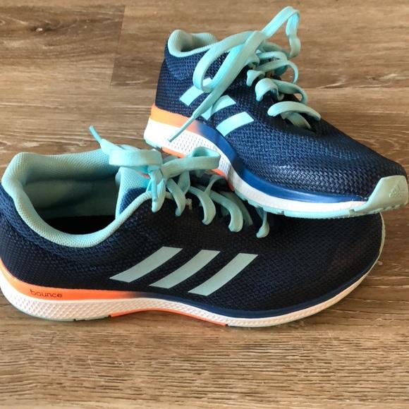 adidas Shoes - NEW Adidas Bounce Running Shoe Women s Size 7 d278d2c30b